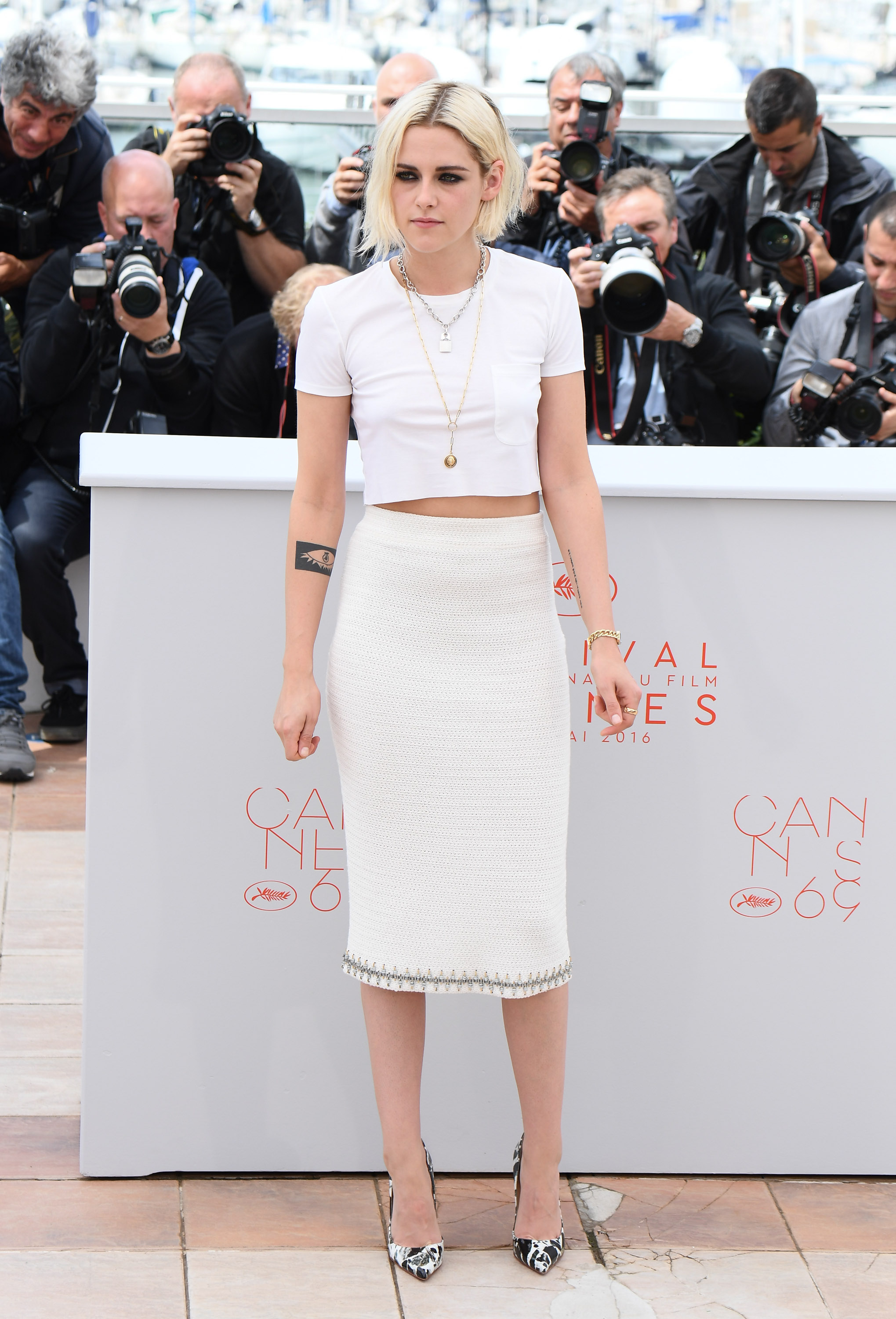 "CANNES, FRANCE - MAY 11: Actress Kristen Stewart attends the ""Cafe Society"" photocall during the 69th annual Cannes Film Festival at Palais des Festivals on May 11, 2016 in Cannes, France. (Photo by George Pimentel/WireImage)"
